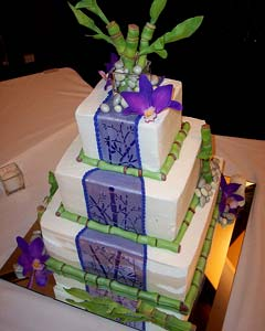 Three tier Asian sytle white and purple square wedding cake decorated with green bamboo and purple orchidswith green Bamboo. From www.tiffanysbakingco.com - - Three tier fondnt wedding cake, decorated with purple Calla Lilies - From www.weddingcakeart.com Three tier Asian sytle white and purple square wedding cake with green Bamboo. From www.tiffanysbakingco.com