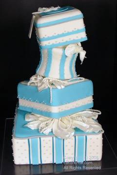 Artificial Or Fake Wedding Cake
