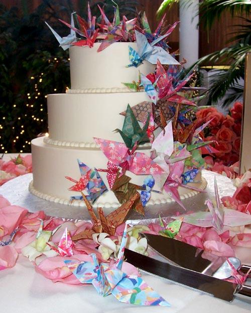 Wedding Decoration Japan: Westernised Japanese Wedding Cakes