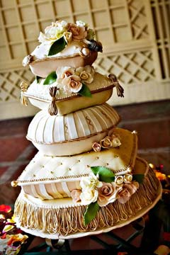 Expensive Wedding Cakes for Extravagant Brides