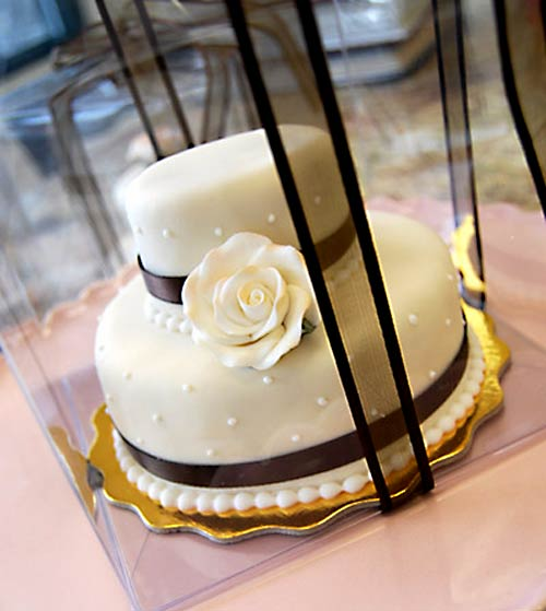 mini wedding cake favors