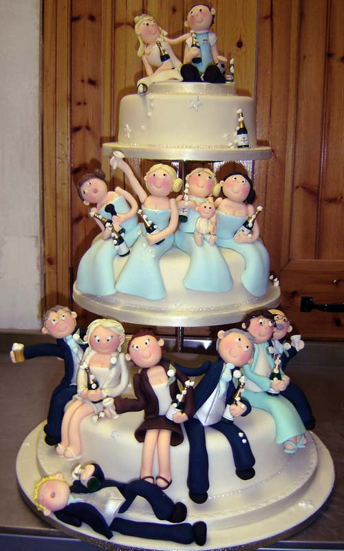 novelty wedding cake ideas