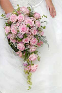 pink bridal bouquet pictures