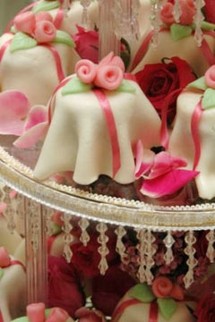 pink miniature wedding cakes