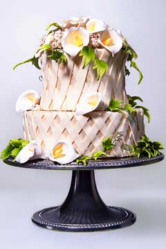 small white wedding cakes