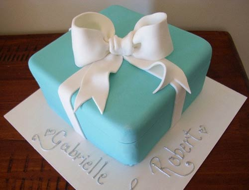 Tiffany box wedding cake made to look like an engagement ring box