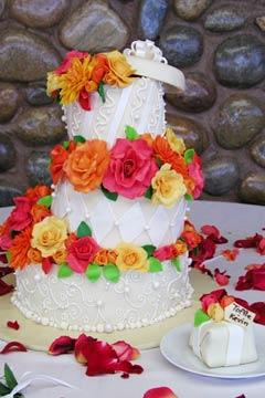 white topsy turvy cakes