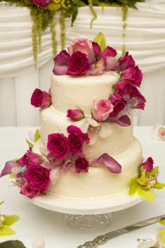 Wedding Cake Flowers Simply Stunning