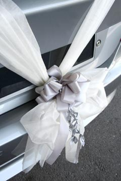 wedding car decorations - white tulle and thick silver ribbon