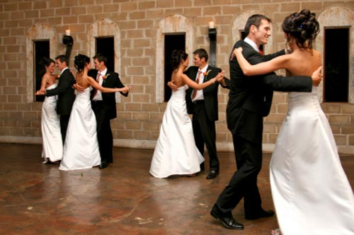 Wedding reception songs music list wedding reception dances solutioingenieria Image collections
