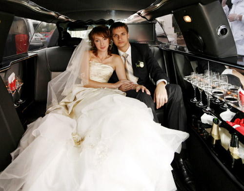 wedding transportation - luxury wedding car