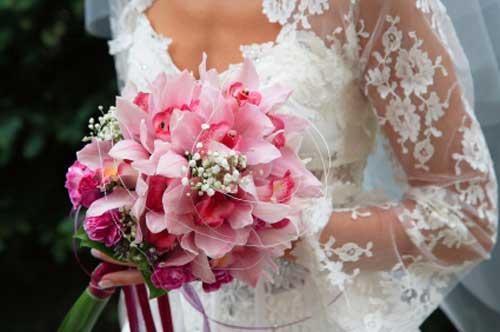 pink bridal bouquet pictures