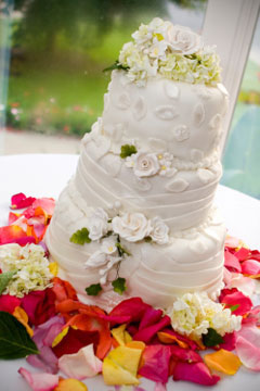 small three tier wedding cake