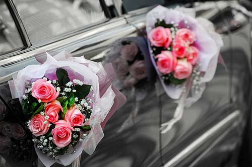 wedding car bouquet decorations
