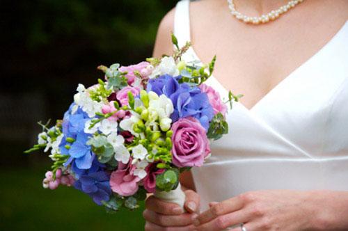 blue bridal bouquet pictures 4
