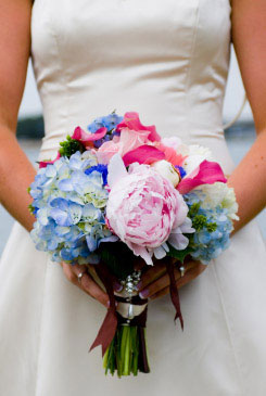 blue bridal bouquet pictures 5