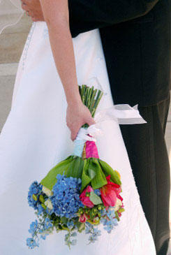 blue bridal bouquet pictures 9