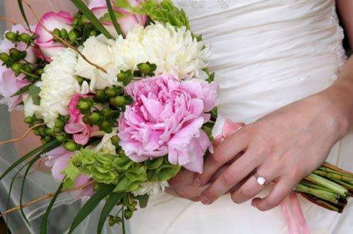 hand tied bridal bouquets 5 - Gelin Buketleri, Gelin �i�ekleri [G�ncellenecek.]