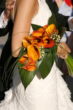 orange bridal bouquet pictures 2