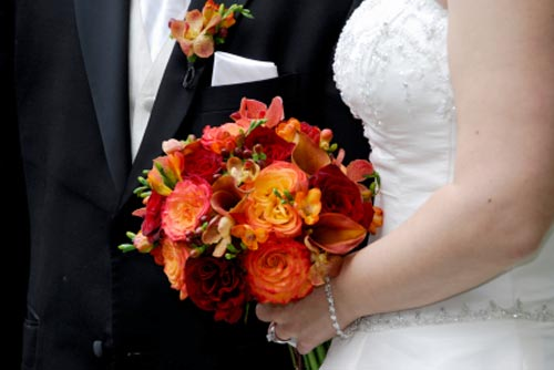 orange bridal bouquet pictures 4