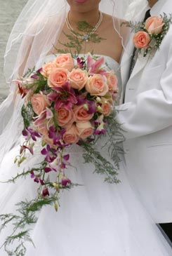 orange bridal bouquet pictures 8