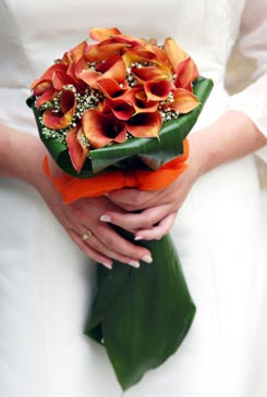 orange bridal bouquet pictures 9