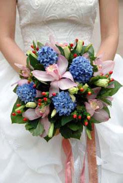 blue bridal bouquet pictures 10