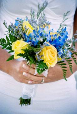 Heavenly blue bridal bouquet ideas pictures yellow blue rose wedding bouquet mightylinksfo