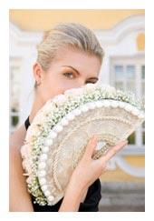 fan bouuqet - bridal bouquets