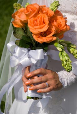 orange bridal bouquet pictures 3