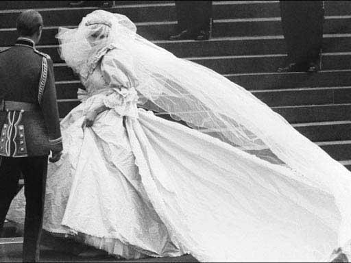 princess dianas wedding gown