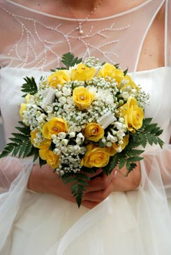 Glorious Yellow Bridal Bouquet Ideas Pictures